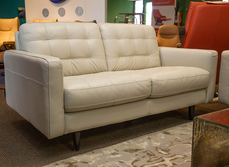 U217 leather loveseat