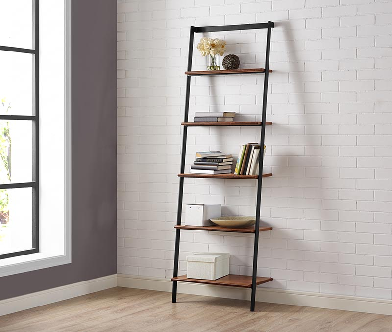 Studio bamboo leaning shelf