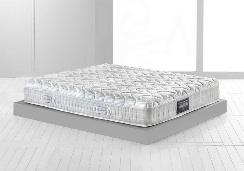 Magnistretch 12 queen mattress