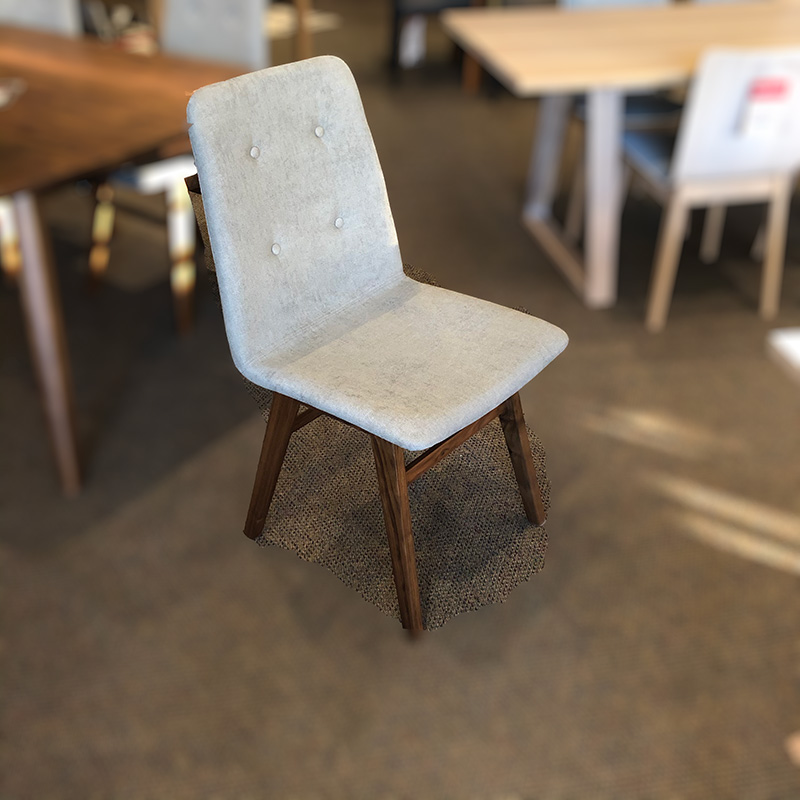 Denali dining chair