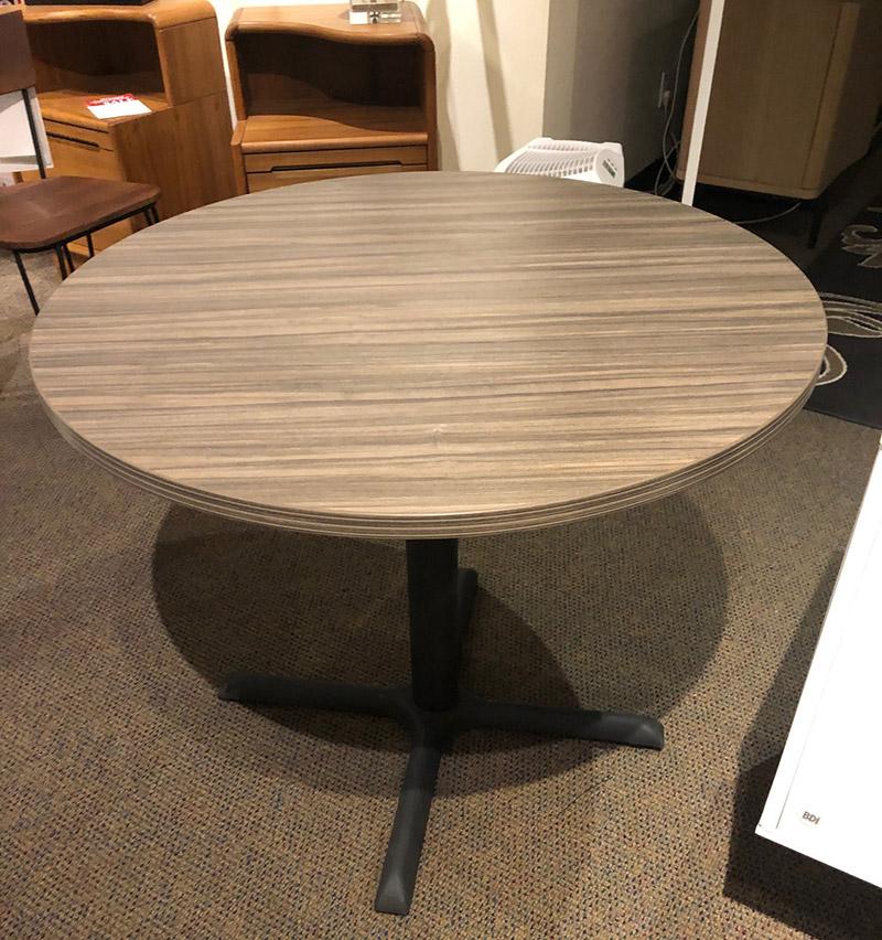 Napa 36 inch round table