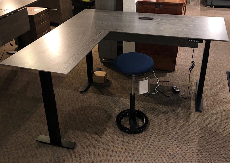 Oslo grey corner sit-stand desk (63x69)