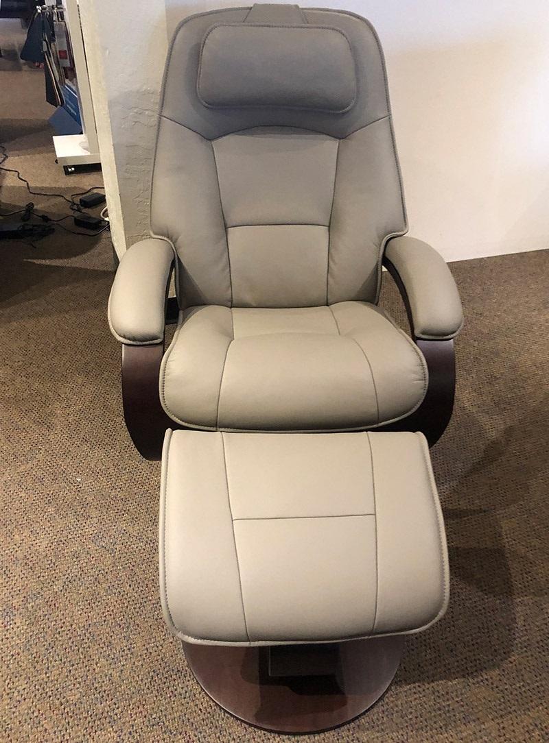 Admiral (L) recliner chair