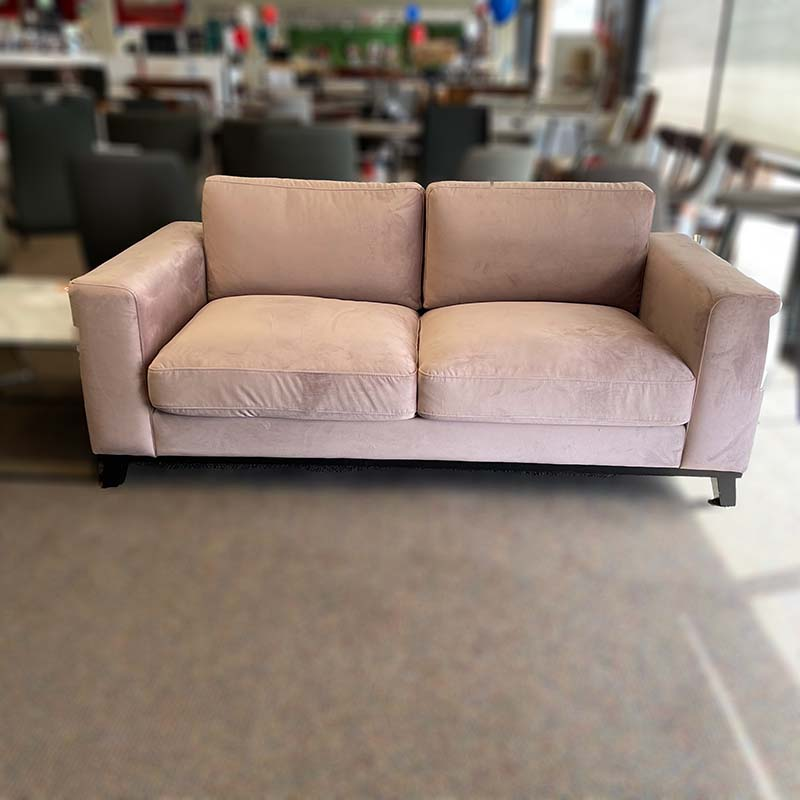 Canberra loveseat